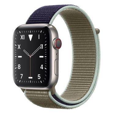 Apple Watch Edition钛金属表壳;回环式运动表带 40 毫米(表带可选颜色:冰洋蓝色、铁锚灰、石榴色、卡其色、驼色、午夜蓝、彩虹色)
